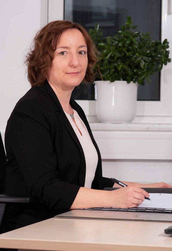 Angelika Aschenbrenner