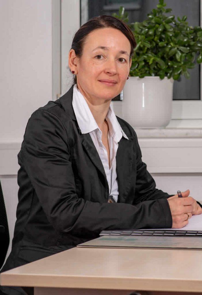 Kathrin Agárdi
